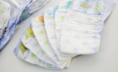 Bazar vende fraldas descartáveis a preço de custo em Goiânia