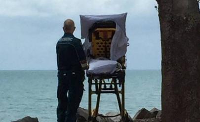 Paramédicos desviam rota para realizar último desejo de paciente terminal