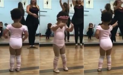 Garotinha rouba a cena durante aula de balé e vídeo viraliza na internet