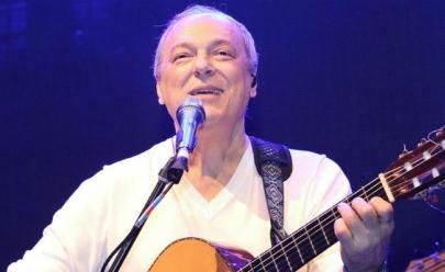 Toquinho faz show no Projeto Música no Campus, em Goiânia