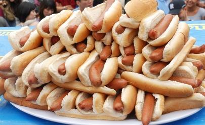 Concurso inédito promete prêmios ao maior comedor de cachorro-quente de Goiânia