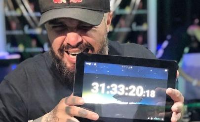 DJ goiano toca quase 32 horas sem parar e entra em 8º no ranking mundial