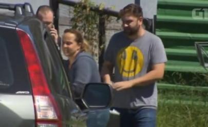 Saia justa: filhos de Lula visitam ex-presidente na prisão mas um detalhe na sacola rouba a cena