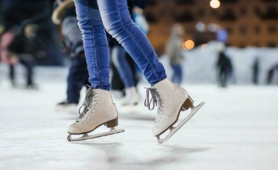 Goiânia ganha pista de patinação no gelo