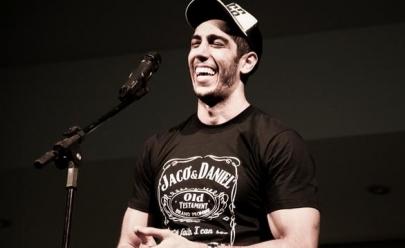 Jonathan Nemer, sucesso da web, apresenta espetáculo de stand up em Goiânia