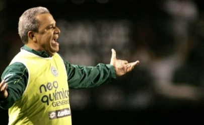 Gol anulado revolta o Goiás e até jogadores do Inter ficam sem entender