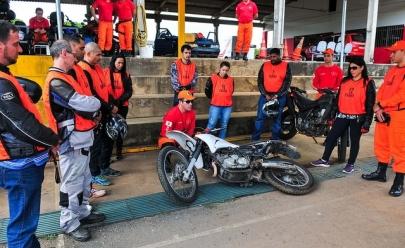 Corpo de Bombeiros do DF oferece treinamento gratuito para motociclistas