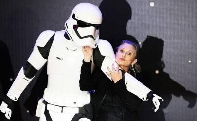Atriz de Star Wars, Carrie Fisher, está na UTI em estado crítico após sofrer ataque cardíaco