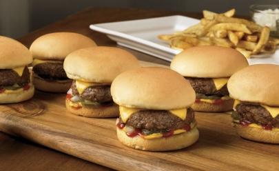 Festival oferece aula de culinária e hamburgada vegana em Goiânia