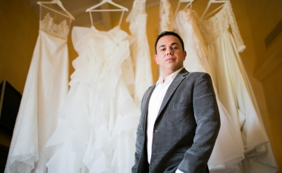 Famoso estilista goiano promove bazar beneficente de vestidos de noivas e de festa exclusivos