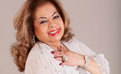 Ângela Maria faz show em Goiânia