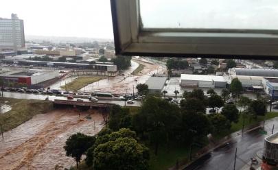 Marginal Botafogo 'desaparece' após chuva forte em Goiânia