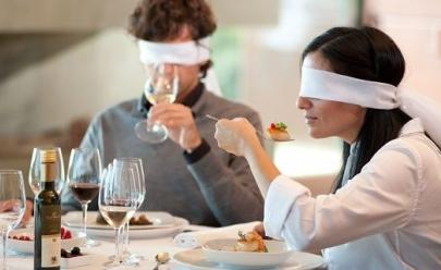Restaurante charmoso de Brasília aposta em experiência gastronômica às cegas