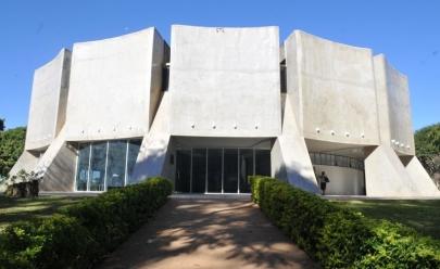 Planetário de Brasília recebe exposição gratuita em homenagem aos 50 anos da chegada do homem à Lua