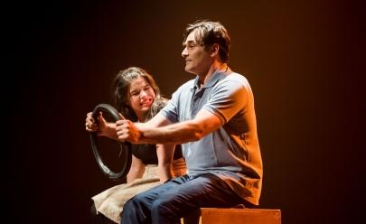 Peça 'Mulheres Solteiras Procuram', estrelada por Luciano Szafir, é opção de teatro em Goiânia