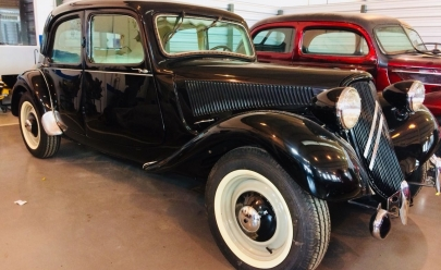 Exposição traz carros antigos a Brasília