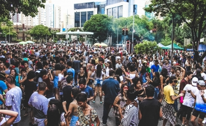 Goiânia terá festa de carnaval de rua fora de época com shows, DJ, bateria e open bar