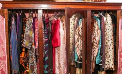 Goiânia recebe bazar com roupas e artigos de decoração de luxo com entrada gratuita