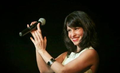 Célia Porto faz show em homenagem ao aniversário de Brasília