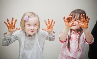 Oficina gratuita de colagem com sabor de chocolate acontece em Goiânia para crianças de todas as idades