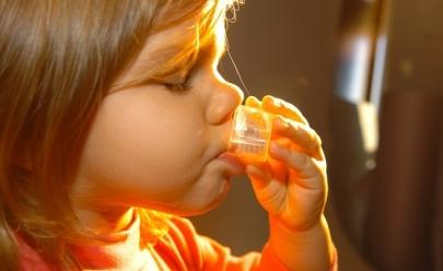 UFG detecta etanol não declarado em xaropes infantis