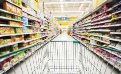 Supermercado em Goiânia presenteia clientes com produtos exclusivos para cozinha