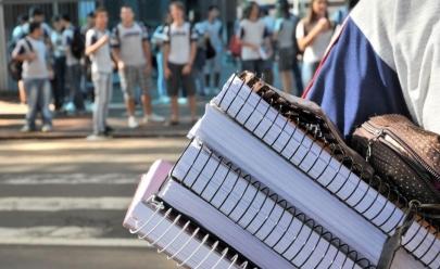 Diferença de preços nas mensalidades escolares em Goiânia chega a 300%; confira a lista