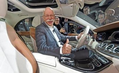 CEO da Mercedes-Benz se aposenta e recebe homenagem bem humorada da BMW