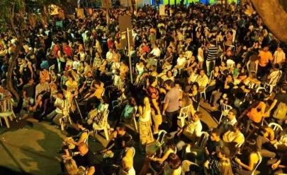 Chorinho retorna à calçada do Grande Hotel em Goiânia