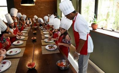 Restaurante de Brasília oferece aulas gastronômicas para crianças de 4 a 10 anos de idade