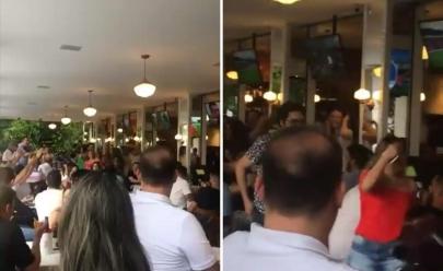 Video mostra mulher saindo de estabelecimento durante vaias de 'Fora PT' em Goiania