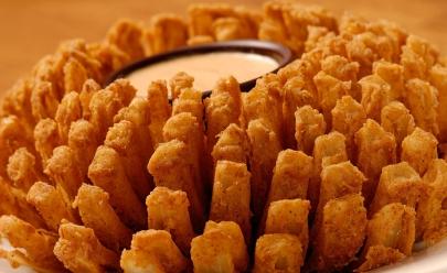 Outback comemora sucesso nas redes sociais com liberação de 1 milhão de aperitivos grátis para seus clientes