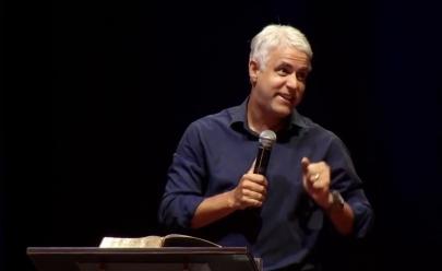 Pastor Cláudio Duarte vem à Goiânia com hilária palestra sobre os segredos do relacionamento