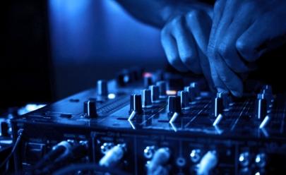 Show gratuito de música brasileira agita a noite em Goiânia