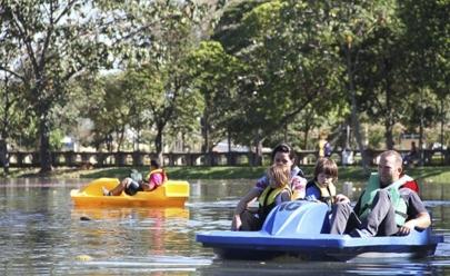 Novos pedalinhos elétricos já estão disponíveis no parque Lago das Rosas
