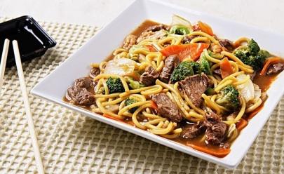 Evento japonês em Brasília tem open food de Yakisoba