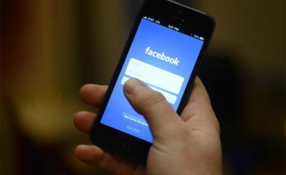Facebook cai em diversos países e Whatsapp apresenta problemas