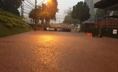 Inmet divulga alerta amarelo com risco de chuvas intensas e novos alagamentos em Goiânia