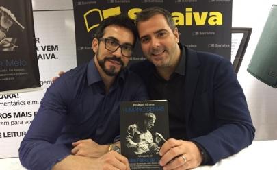 Padre Fábio de Melo lança biografia em noite de autógrafos em Goiânia
