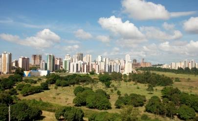 Parque de Águas Claras recebe evento gratuito com feirinhas, praça de alimentação e shows