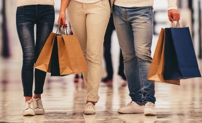 Buriti Shopping faz liquidação de Natal fora de época com descontos de até 60%