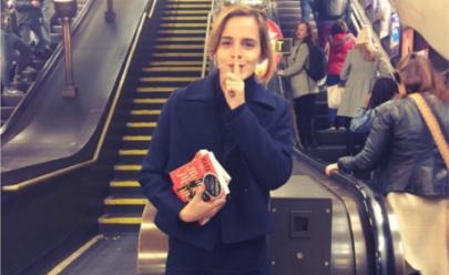 Emma Watson escondeu 100 livros feministas com dedicatórias em estação de metrô em Londres