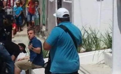 Mulher tenta se matar em frente a Luciano Huck durante gravação do Caldeirão do Huck