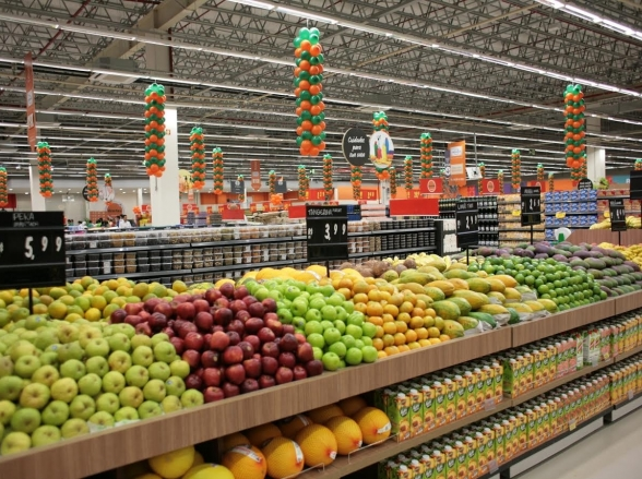 Supermercado em Uberaba se compromete a não aumentar preços em decorrência da greve de caminhoneiros