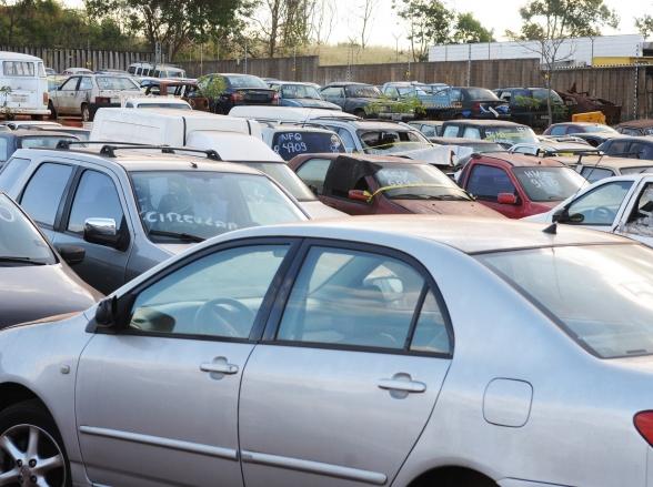 Detran DF fará leilão de 506 veículos em 30 de junho