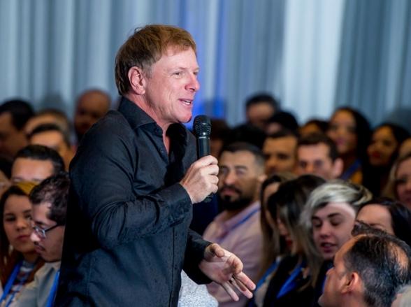 Feira de Oportunidades tem palestra gratuita de Ciro Bottini em Uberlândia