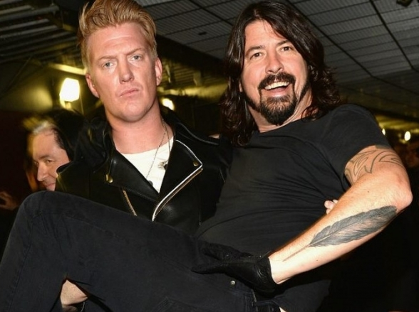 Foo Fighters e Queens of the Stone Age anunciam turnê no Brasil