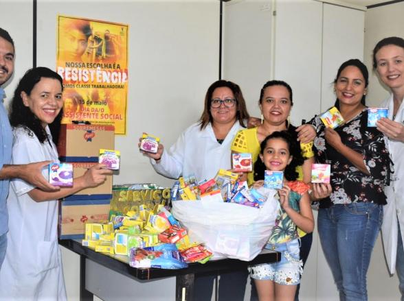 Grupo de amigos arrecadam doações para o tratamento de soropositivos em Goiânia