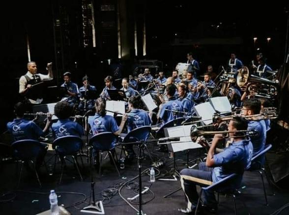 Orquestra composta por adolescentes faz concerto gratuito em Brasília