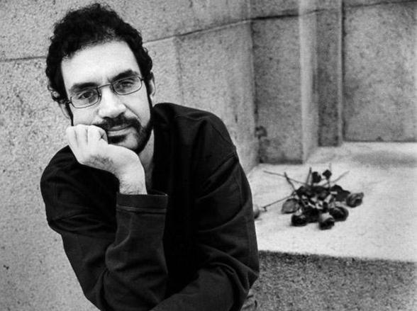 Renato Russo ganha exposição em museu de São Paulo